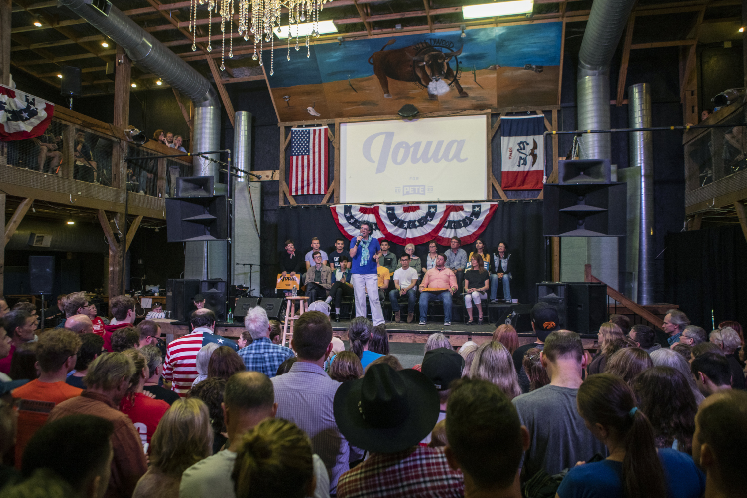 Johnson+County+Democrats+Public+Relations+Chair+Sarah+Prineas+speaks+before+the+town+hall+with+2020+Democratic+presidential-nomination+candidate+Pete+Buttigieg+at+the+Wildwood+Smokehouse+%26+Saloon+on+May+18%2C+2019.+The+Iowa+City+event+marked+the+third+of+four+Iowa+campaign+stops+for+Buttigieg+this+weekend.