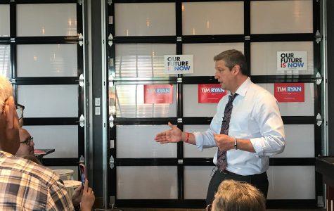 Tim Ryan talks economic reform to Iowa City crowd