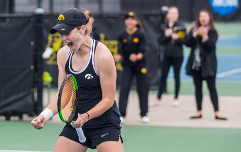 Strong performance marks end of fall session for Iowa women's tennis