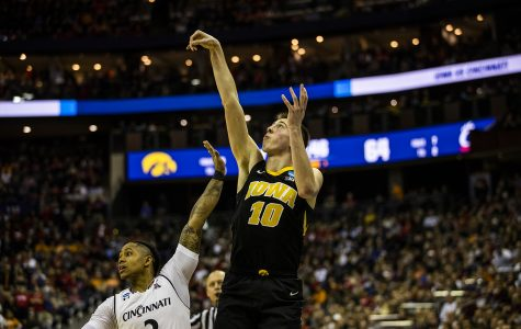 Hawkeye hoops looks to new leader