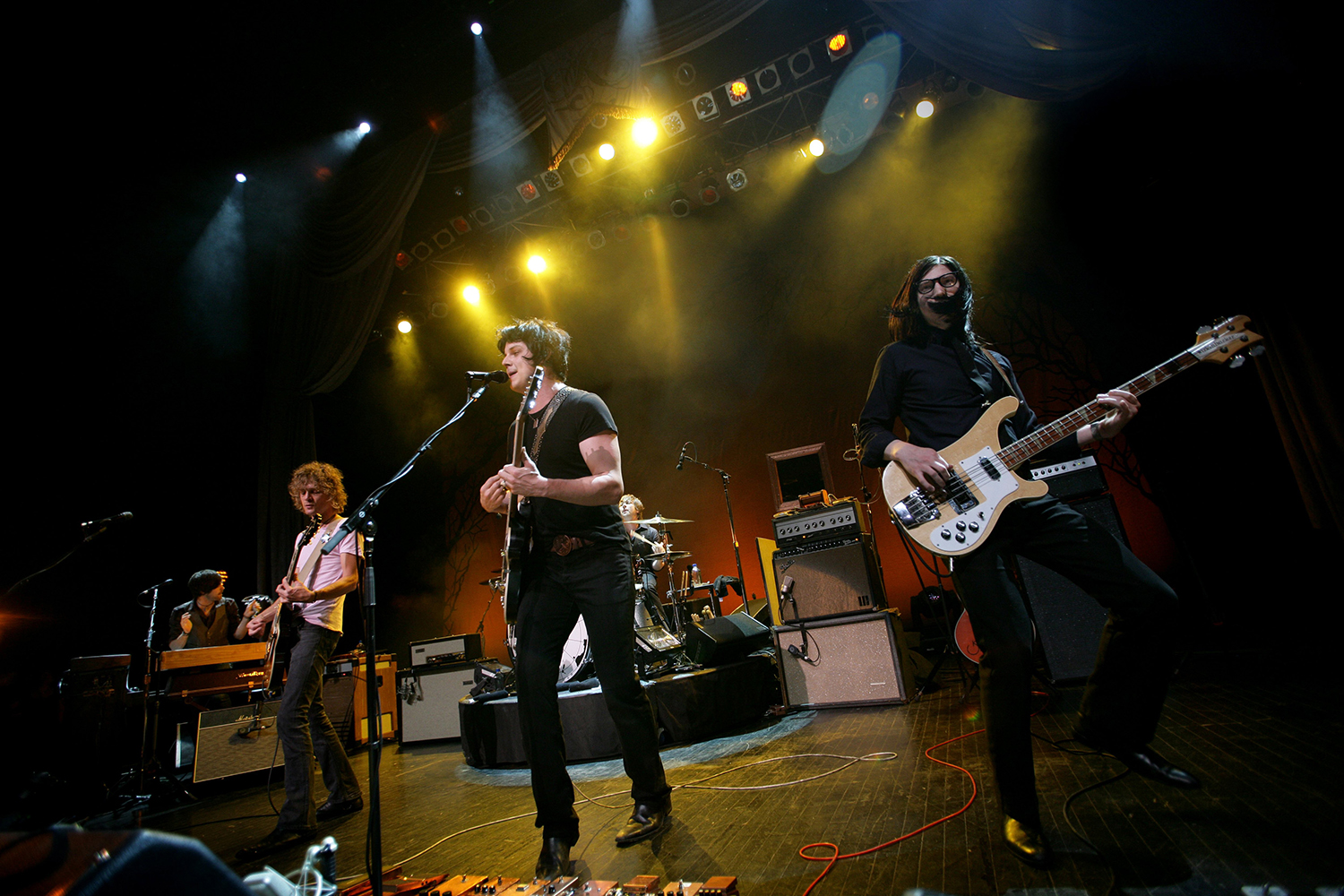 The Raconteurs, Brendan Benson (left), Jack White (center), Jack Lawrence on bass and Patrick Keeler on drums, perform at the Fillmore in Detroit, Michigan, Saturday, June 7, 2008. (Romain Blanquart/Detroit Free Press/MCT)