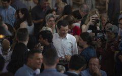 2020 candidates rally Iowa Democrats at Zach Wahls' fundraiser