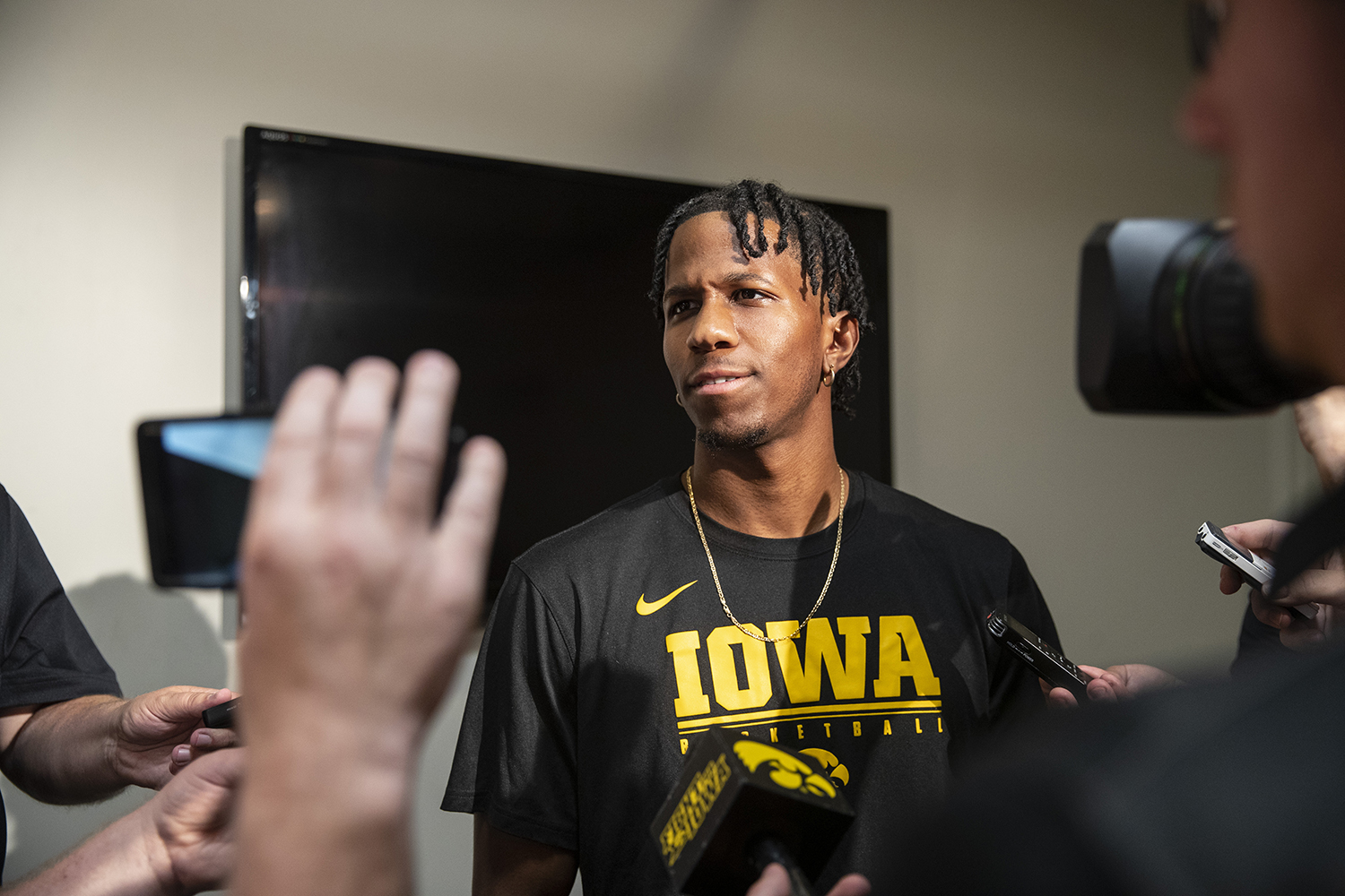 Bakari Evelyn speaks with members of the press during an Iowa men's basketball media availability at Carver-Hawkeye Arena on July 24, 2019. (Katie Goodale/The Daily Iowan)