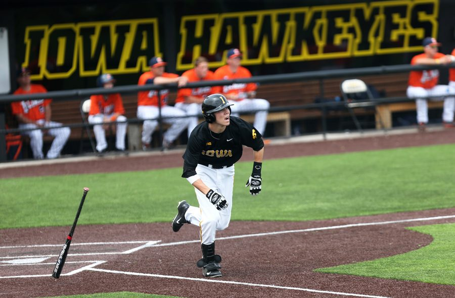 Iowa+infielder+Jake+Yacinich+runs+to+first+base+in+Duane+Banks+Field+on+Saturday%2C+May+10%2C+2014.+The+Fighting+Illini+defeated+the+Hawkeyes+in+the+second+game%2C+5-1.+%28The+Daily+Iowan%2FAllison+Orvis%29