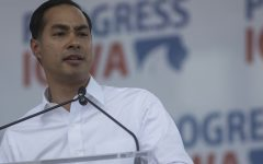 Democratic hopefuls call for immigration reform at Progress Iowa Corn Feed