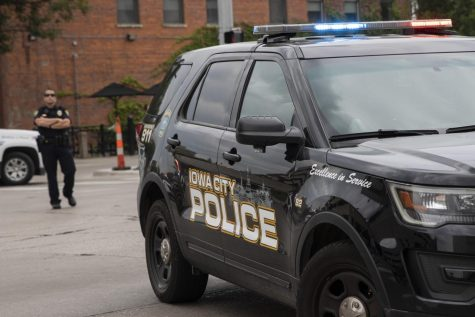 Iowa City police seek information on incident involving several shattered car windows