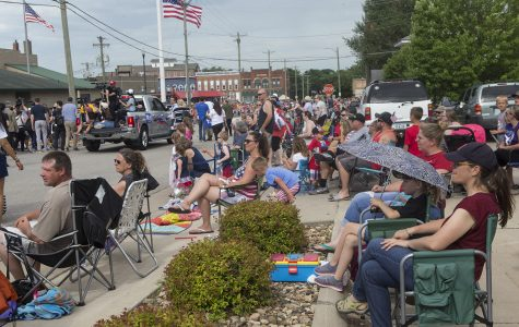 Democrats visit small-town Iowa on Fourth of July