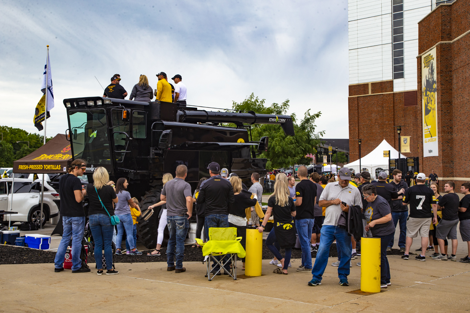 Photos: Iowa vs  Miami (OH) Tailgate (8/31/2019) – The Daily