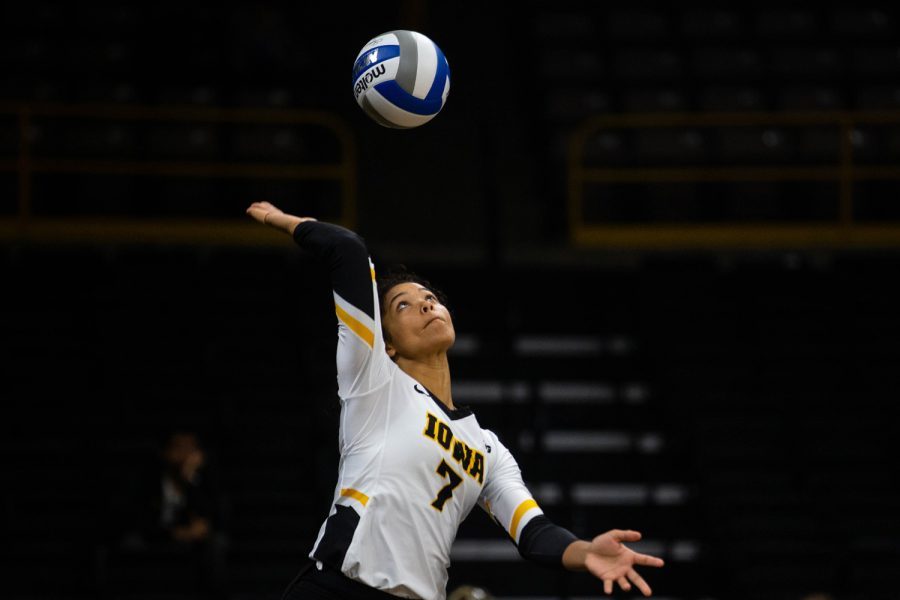 Brie+Orr+serves+the+ball+during+Iowa%27s+match+against+Eastern+Illinois+on+Sunday%2C+September+9%2C+2018+at+Carver-Hawkeye+Arena.+The+Hawkeyes+won+the+match+3-0.%28Megan+Nagorzanski%2F+The+Daily+Iowan%29