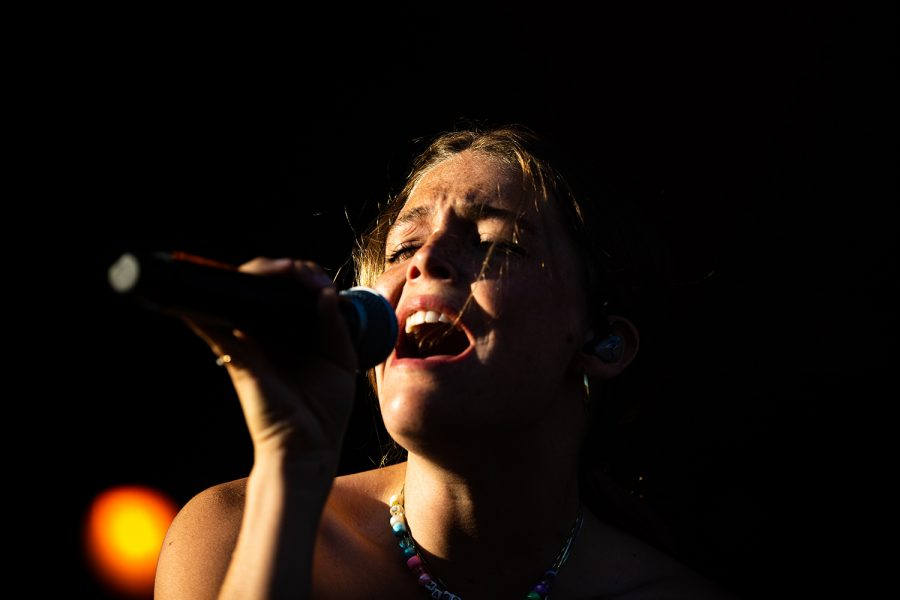 Singer Maggie Rogers sings at the Hinterland Music Festival on August 4, 2019 in Saint Charlies, Iowa.