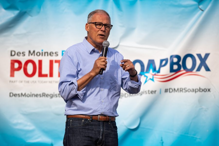 Washington+Gov.+Jay+Inslee+speaks+at+the+Des+Moines+Register+Political+Soapbox+during+the+Iowa+State+Fair+in+Des+Moines%2C+IA+on+Saturday%2C+August+10%2C+2019.+