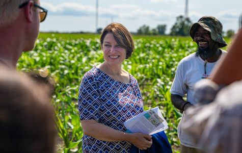 Amy Klobuchar focuses on agriculture in Iowa City stop