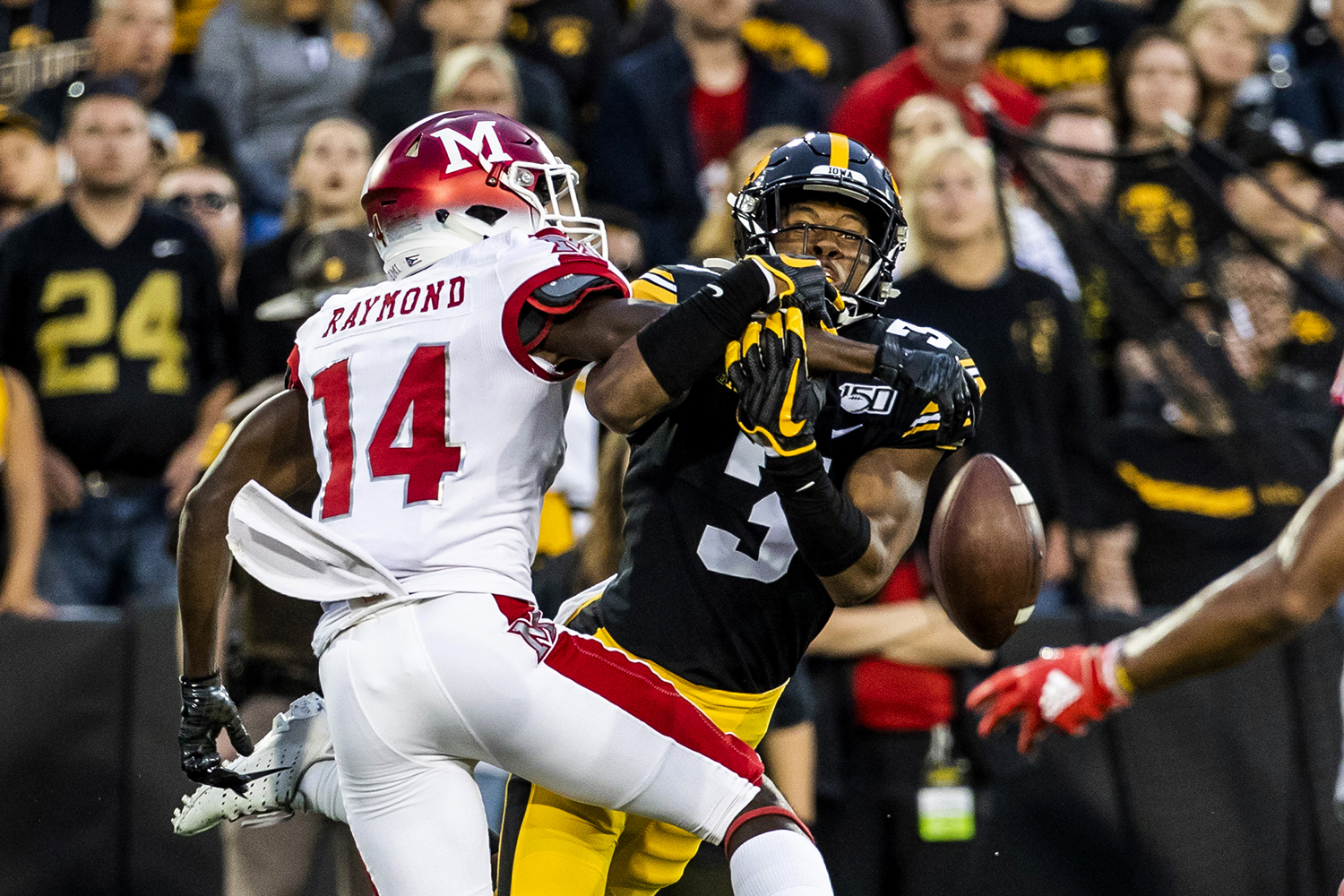 Iowa+wide+receiver+Tyrone+Tracy%2C+Jr.+loses+the+ball+during+the+Iowa+football+game+against+Miami+%28Ohio%29+at+Kinnick+Stadium+on+Saturday%2C+August+31%2C+2019.+The+Hawkeyes+defeated+the+Redhawks+38-14.