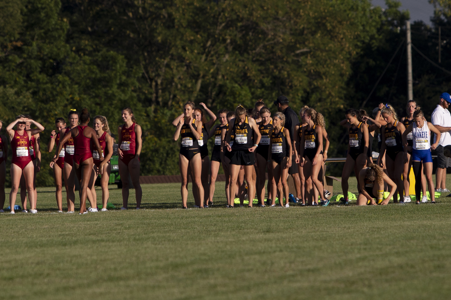 Runners+prepare+to+start+the+4000+meter+race+during+the+Hawkeye+Invitational+on+Friday%2C+Sept.+6%2C+2019+at+the+Ashton+Cross+Country+Course.+The+Hawkeyes+prevailed+over+six+other+teams+to+win+first+place+overall+in+the+men%E2%80%99s+and+women%E2%80%99s+races.+Iowa+State+University+runner+Abby+Caldwell+finished+in+first+place+with+a+time+of+14%3A02.