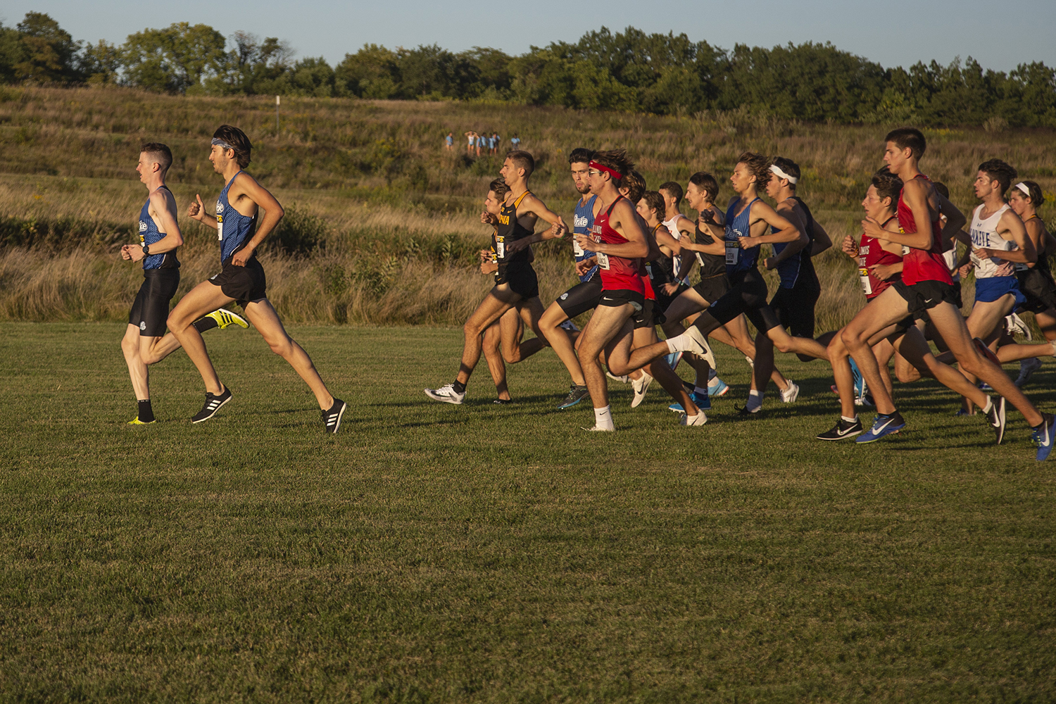 Drake%E2%80%99s+Adam+Fogg+and+Kyle+Brandt+take+an+early+lead+in+the+6k+during+the+Hawkeye+Invitational+at+Ashton+Cross+Country+Course+on+Friday%2C+September+6%2C+2019.+Fogg+went+on+to+win+the+race+with+a+time+of+18%3A06.8.+The+Hawkeyes+defeated+six+other+teams+to+finish+first+overall+for+both+men%E2%80%99s+and+women%E2%80%99s+races.