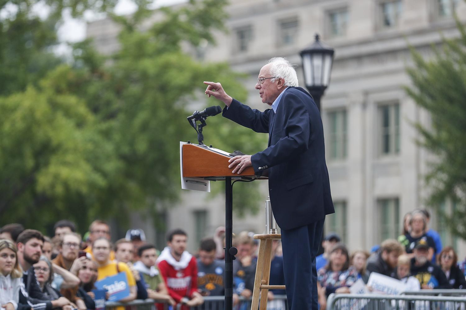 2020+Democratic+candidate+Sen.+Bernie+Sanders%2C+I-Vt%2C+speaks+during+the+Bernie+2020+College+Campus+Tailgate+Tour+on+The+Old+Capitol+lawn+on+Sunday%2C+September+8%2C+2019.+