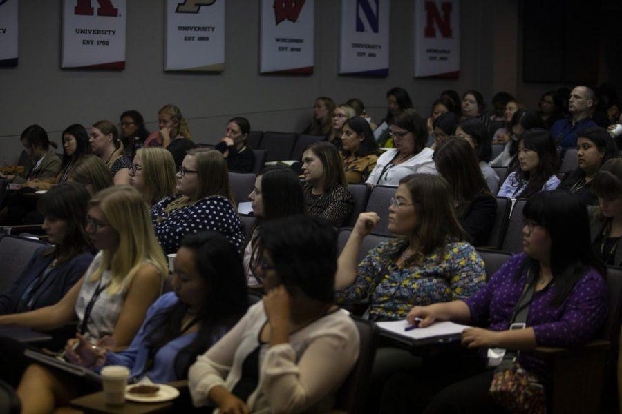 Business+analytics+program+battles+disparity+between+men+and+women+in+the+field