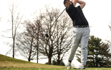 Bad weather plays role in Hawkeyes' first tournament