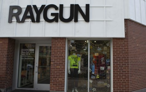 Iowa City Senior Center partners with Raygun to prepare for art exhibition