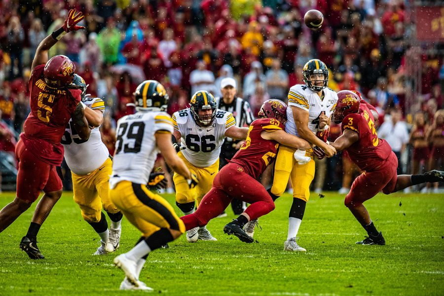 Iowa+quarterback+Nate+Stanley+makes+a+pass+during+a+football+game+between+Iowa+and+Iowa+State+at+Jack+Trice+Stadium+in+Ames+on+Saturday%2C+September+14%2C+2019.+The+Hawkeyes+retained+the+Cy-Hawk+Trophy+for+the+fifth+consecutive+year%2C+downing+the+Cyclones%2C+18-17.+%28Shivansh+Ahuja%2FThe+Daily+Iowan%29