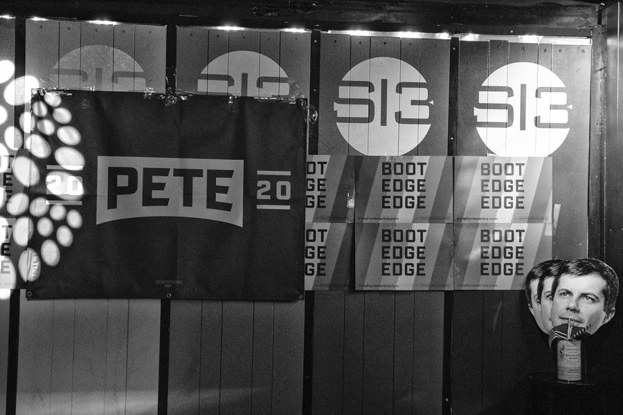 Pete+signs+hang+in+Studio+13+during+a+watch+party+for+Democratic+candidate+Pete+Buttigieg%2C+Mayor+of+South+Bend+Ind.+on+Thursday%2C+Sep.+12%2C+2019.