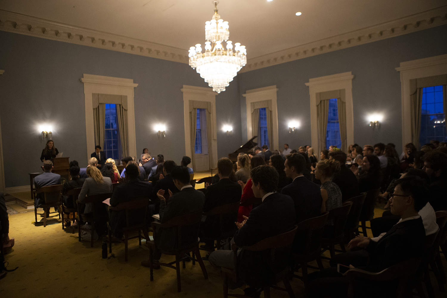 Senators vote on a joint resolution during a joint session of UISG and GPSG on Tuesday, Sept. 24, 2019. The two student governance bodies met to vote on three joint resolutions, which passed unanimously. (Emily Wangen/The Daily Iowan)