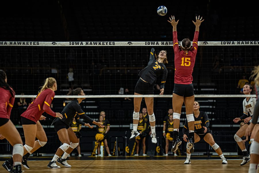 Iowa+setter+Courtney+Buzzerio+goes+for+a+kill+during+a+volleyball+match+between+Iowa+and+Iowa+State+at+Carver-Hawkeye+Arena+on+Saturday%2C+September+21%2C+2019.+The+Hawkeyes+fell+to+the+visiting+Cyclones%2C+3-2.+%28Shivansh+Ahuja%2FThe+Daily+Iowan%29