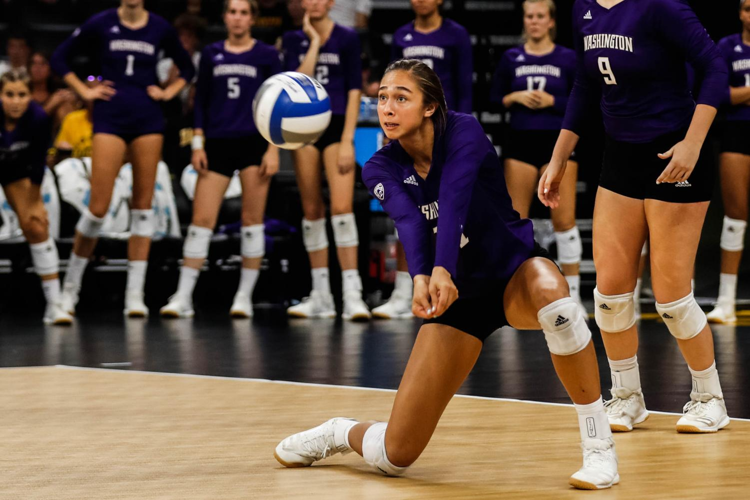 Washington+outside+hitter+Shannon+Crenshaw+returns+a+serve+during+a+volleyball+match+between+Iowa+and+Washington+at+Carver+Hawkeye+Arena+on+Saturday%2C+September+7%2C+2019.+The+Hawkeyes+were+defeated+by+the+Huskies%2C+3-1.