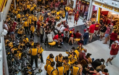 UI continuing investigation into Marching Band's Cy-Hawk game mistreatment allegations