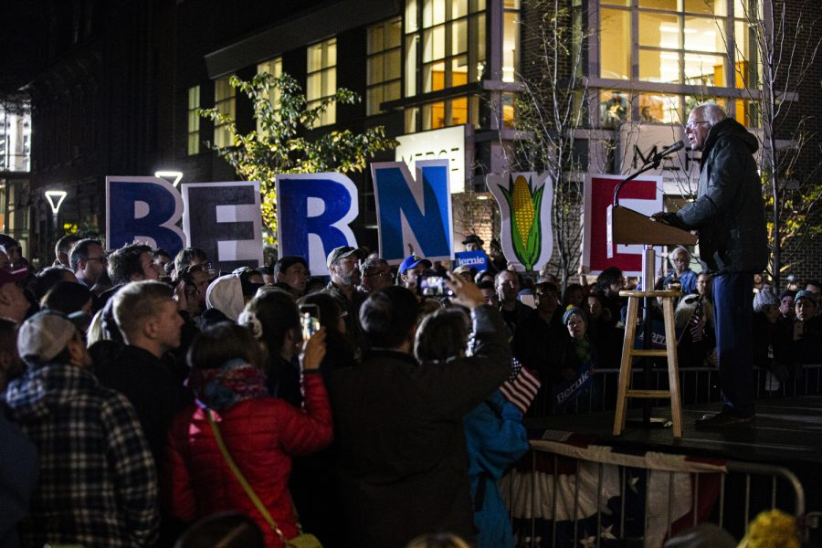 Bernie+Sanders+speaks+before+citizens+at+a+rally+in+downtown+Iowa+City+on+Friday%2C+October+25th%2C+2019.+Bernie+Sanders+made+an+appearance+downtown+to+drum+up+support+for+the+upcoming+Presidential+Caucus.+%28Tate+Hildyard%2FThe+Daily+Iowan%29