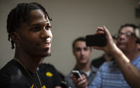 Evelyn guides McCaffery, Toussaint with previous experience