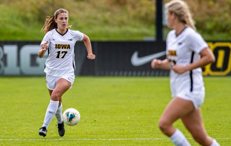 Iowa soccer faces Badgers, Golden Gophers on weekend road trip