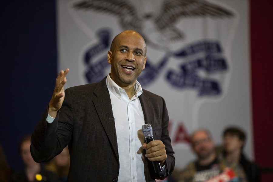 Senator+Cory+Booker%2C+D-NJ%2C+speaks+to+an+audience+during+a+forum+at+the+Iowa+Memorial+Union+on+Monday%2C+October+7%2C+2019.+%28Wyatt+Dlouhy%2FThe+Daily+Iowan%29