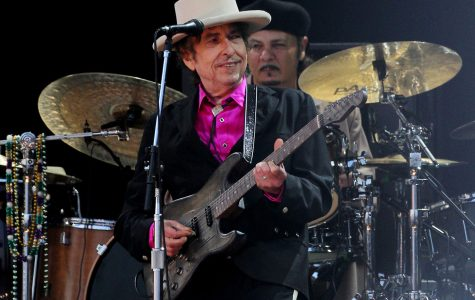 Bob Dylan returns to Iowa
