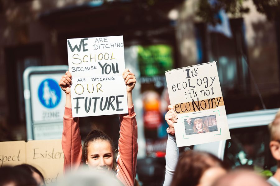 WE ARE DITCHING SCHOOL BECAUSE YOU ARE DITCHUNG OUR FUTURE. IT'S ECOLOGY IT'S NOT ECONOMY. Global climate change strike - No Planet B - Global Climate Strike, September 20, 2019. [Lorenzer Platz, Nuremberg/unsplash.com]