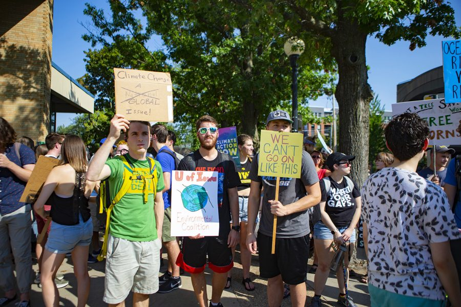 University of Iowa students were among the biggest demographic of marchers for the Climate Strike march. The Iowa City Climate Strike march was one of hundreds taking place around the world on Friday, Sept. 20. (Reba Zatz/The Daily Iowan)
