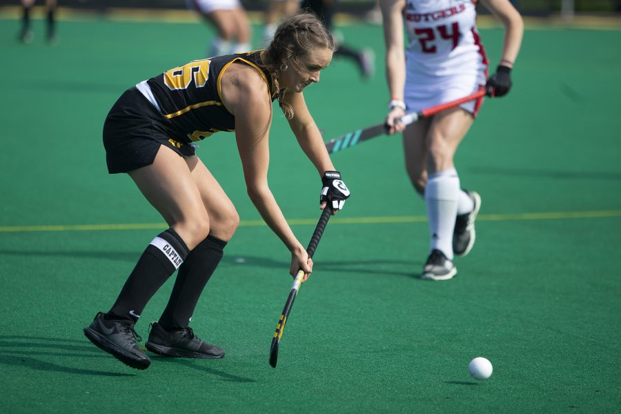 Iowa forward Maddy Murphy passes the ball during the Iowa field hockey match against Rutgers on Friday, Oct. 4, 2019 at Grant Field. The Hawkeyes beat the Scarlet Knights 2-1.