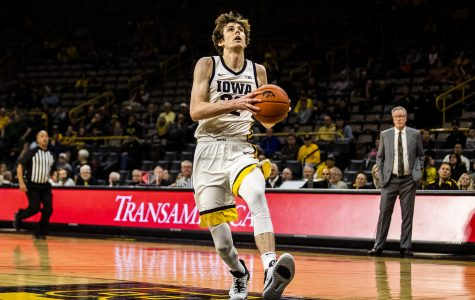McCaffery brothers shine in Iowa's exhibition victory