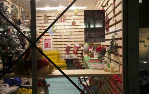 Holiday shops pop up in Pedestrian Mall
