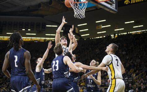 Iowa men's hoops topples North Florida