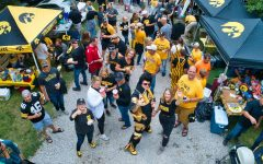 Hawkeye fans, players face effects of social media