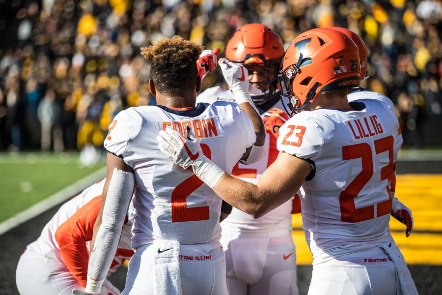 Illinois+players+break+up+a+huddle+before+the+game+against+Illinois+in+Kinnick+Stadium+on+Saturday%2C+November+23%2C+2019.+The+Hawkeyes+defeated+the+Fighting+Illini+19-10.+