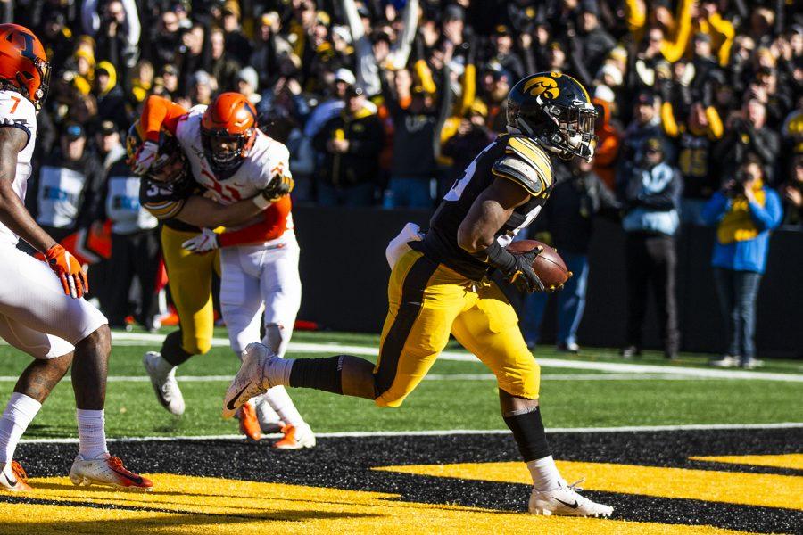 Iowa+running+back+Tyler+Goodson+scores+a+touchdown+during+the+football+game+against+Illinois+on+Saturday%2C+November+23%2C+2019.++%28Katina+Zentz%2FThe+Daily+Iowan%29%0A