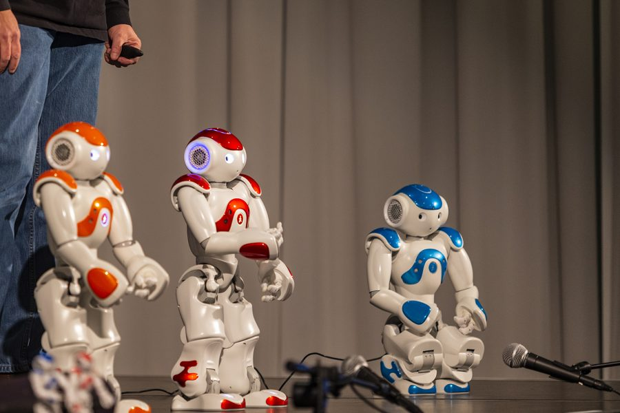 Robots+performed+onstage+at+Hancher+Auditorium+on+Thursday.+The+performance+was+put+on+as+part+of+the+University+of+Iowa+Robot+Theater+Project.