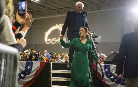 Bernie Sanders and Alexandria Ocasio-Cortez preach grassroots campaigning in Coralville stop