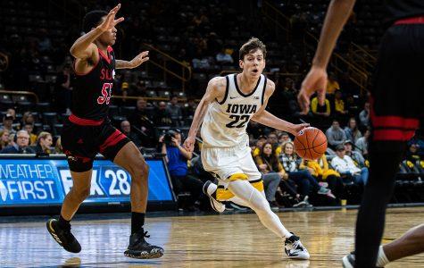 True freshmen show veteran mindset for Iowa men's basketball