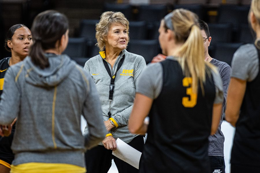 Lisa Bluder: 20 years of making leaders for Iowa women's basketball