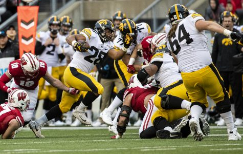 Young to forgo senior season with Hawkeyes