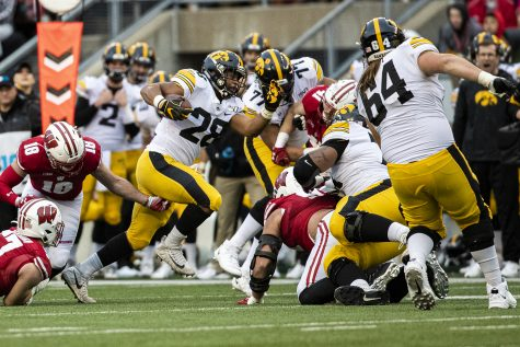 Iowa set to face off against a top-10 opponent under the Kinnick lights