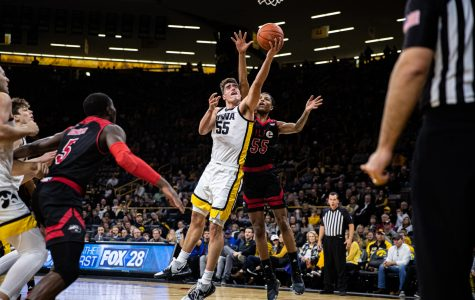 Iowa men's basketball faces early challenge against DePaul